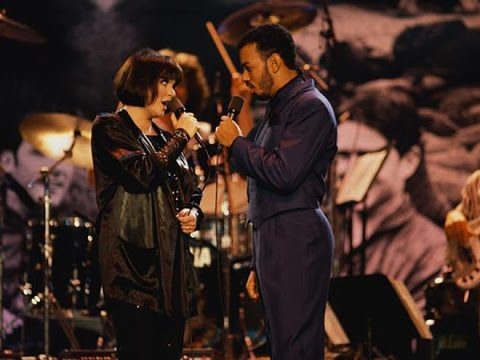 Linda Ronstadt & James Ingram Somewhere Out There (Lyrics)