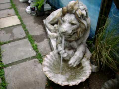 Fuente de agua para jardines youtube for Fuentes de jardin
