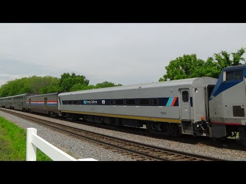 Thumbnail: Wave from Amtrak #6 with Horizon Car