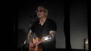 "Art Alexakis performs ""Learning How To Smile"" at the Hard Rock Cafe in Baltimore"
