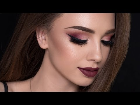 Burgundy Smokey Eyes & Bold Lips Makeup Tutorial