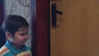 Обучающее видео о том кому можно открывать дверь(Обучающее видео для деток, как вести себя если стучится незнакомый человек., 2017-02-02T07:25:52.000Z)