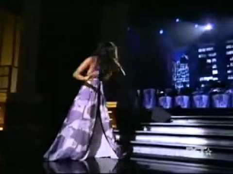 JOSS STONE LIVE~A NATURAL WOMAN~ARETHA FRANKLIN TRIBUTE