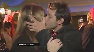Luciano Pereyra le robó un beso a la notera de CQC
