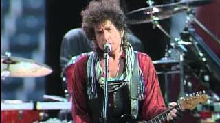 Watch Bob Dylan Across The Borderline video