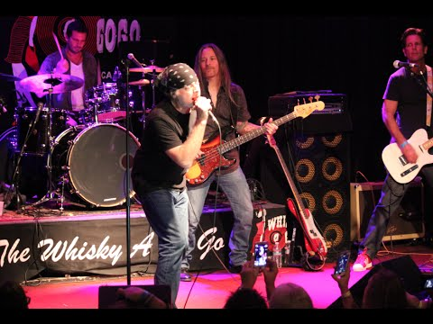 Leif Garrett performs Neil Young's Old Man Live at the Whisky a go go