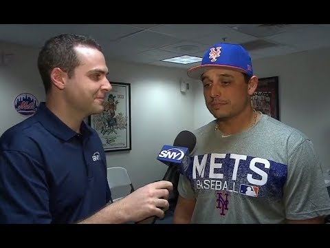New York Mets welcome Jason Vargas to spring training