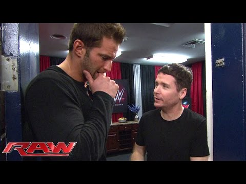 """The cast of """"Entourage"""" hangs with the Divas: Raw, May 25, 2015"""