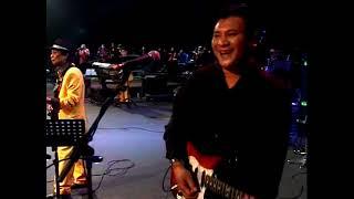 Black Dog Bone - Joget Hati Jujur & Joget Sindir Pesan (Live)