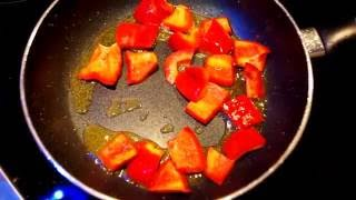 Куриное филе в кисло-сладком соусе / Chicken fillet in sweet and sour sauce