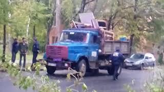 Мусоровоз задавил пенсионера в Калуге