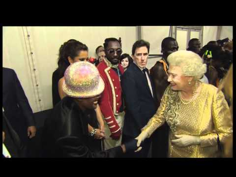 The Queen meets stars backstage at the Diamond Jubilee Concert