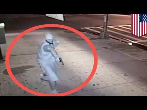 In cold blood: man shot on the street in Bronx by suspect caught on video - TomoNews