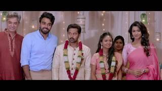 Murali sees Madhu at Kishore's reception - Meyaadha Maan Tamil Movie