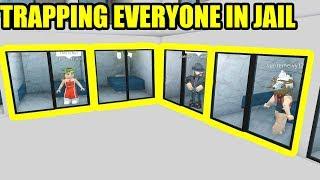 TRAPPING the ENTIRE SERVER in PRISON!!! | Roblox Jailbreak in Bloxburg