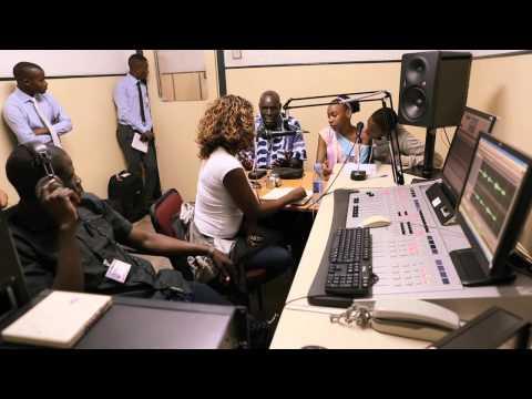 Oliver Mtukudzi Visits Mozambique (Video for UNICEF Mozambique)