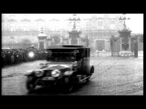 President Woodrow Wilson visits London; shown with King George V and British dign...HD Stock Footage