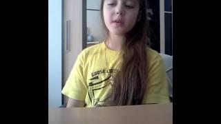 видео Как сделать петельки на шторы: завязать бантиком, сшить или связать крючком