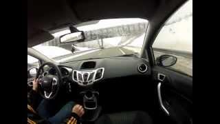 Ford Fiesta 1.25 82 Titanium vs Ford Fiesta Sport 1.6 TDCI 90(, 2012-12-09T20:12:49.000Z)