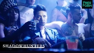 "Shadowhunters | Season 1, Episode 1 Music Clip: ""Redose"" 