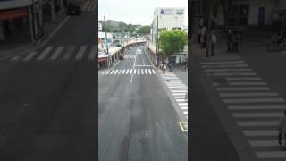 京急線追浜駅前を、横須賀市立うわまち病院の第2ドクターカーが横浜方...