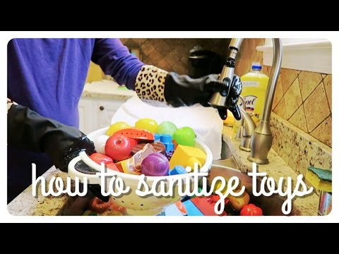 how to clean and disinfect kid's toys