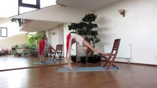 Растяжка на стуле в домашних условиях. Стретчинг(Комплекс упражнений, направленный на развитие гибкости тела с использованием стула. http://gibkoetelo.ru «ГИБКОЕ..., 2013-01-07T20:42:54.000Z)