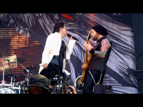 Within Temptation - Paradise (What About Us?)  (Live SRF 2014)