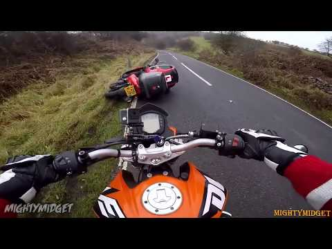 MOTORCYCLE CRASHES COMPILATION & MOTO FAILS || CLOSE CALLS |Ep#01|