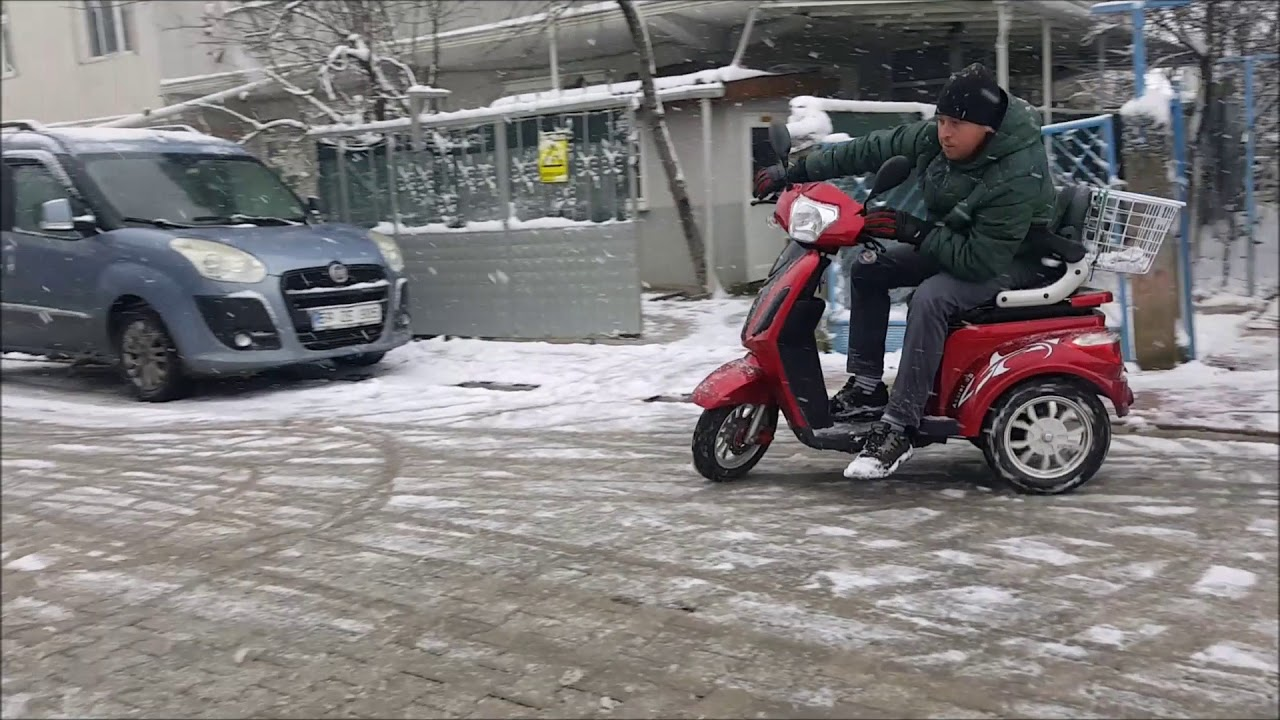 Piaggio MP3 300 cc Scooter Test Sürüşü | Üç Tekerlekli motor