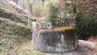 4483❓不思議発見:富津市の姥石!巨人の姥が頭に乗せて来たとか? H3002uba