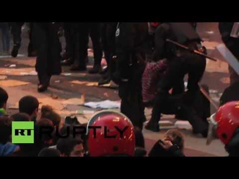 Spain: Basque protesters fail to halt police raid