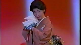 舞踊歌謡の女王と名の高い、相原ひろ子さんのヒット曲です。花於里流吟の会お舞初め(内輪の会です。於・東京芸術劇場小ホール)で披露しまし...