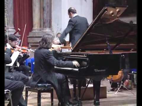 Marco Giliberti al pianoforte