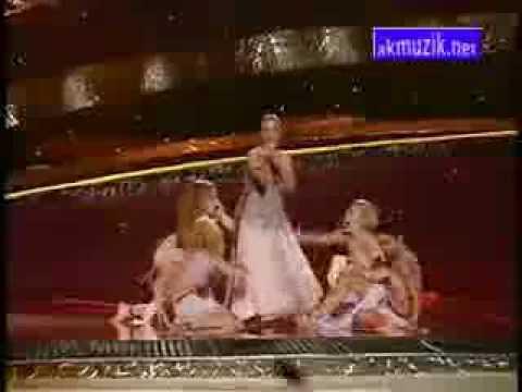 Sertab Erener - Everyway That I Can (LYRICS + FULL SONG)