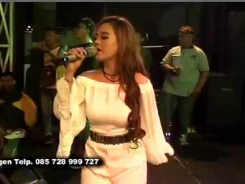 Polisi Voc. Deyuna - AREVA MUSIC HORE Live THR Sriwedari Solo