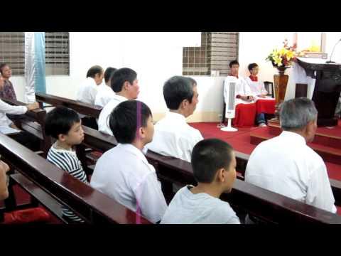 Cha Maximiliano chia se Le Thanh Tam