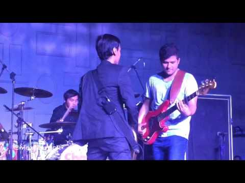 Hujan Turun - Sheila On 7 | ON STAGE ENTRY MUSIC