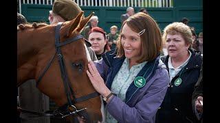 Dream Horse, con Toni Collette e Damian Lewis | Clip HD L'infortunio