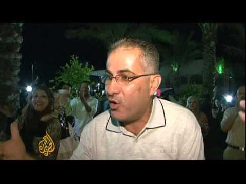 Gazan becomes first Palestinian winner of Arab Idols