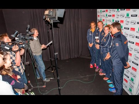 Team Netherlands takes a Fed Cup quiz