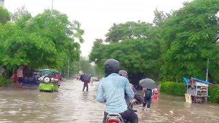 दिल्ली-एनसीआर में झमाझम बारिश से सडकों में भरा पानी || Delhi NCR