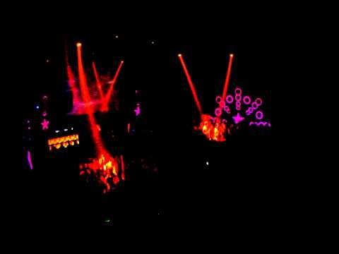 DJ QAKI @ COCO CLUB FERIZAJ `KOSOVO 01.01.2013