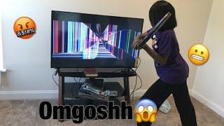 Broken Tv Screen Prank On Dad*It Gets Real* screenshot 4