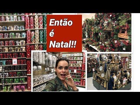 Escolhendo decorações de Natal!!