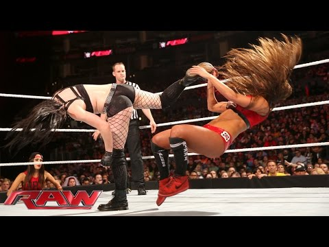 Paige vs. Nikki Bella – Divas Championship Match: Raw, March 23, 2015