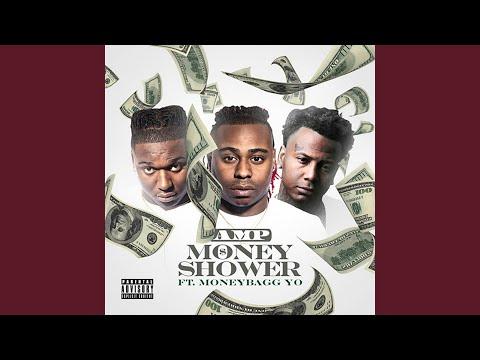 Money Shower (feat. Moneybagg Yo)