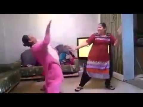 Yaar Na Miley Aunty Dance