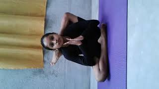 YOGA DEMONSTRATION by 10 Years old girl. Student of Yoga_Era  ...