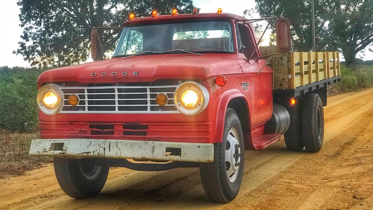 FLATBED RESTORATION IS FINALLY COMPLETE! Old Farm Truck GIVEN A SECOND CHACE AT LIFE
